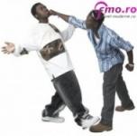 Efecte violenta adolescenti