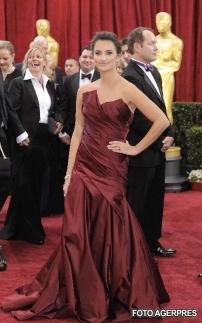 Penelope Cruz - Cele mai frumoase rochii de la premiile Oscar 2010